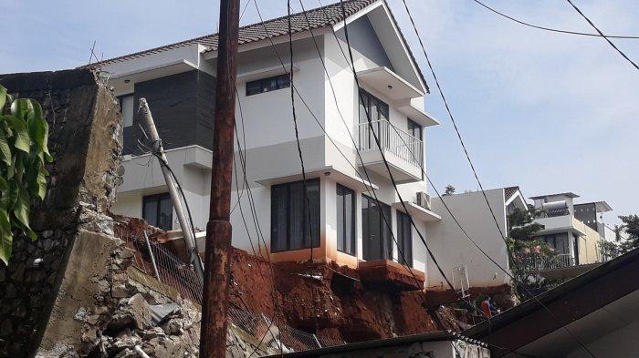 Penampakan Turap Rumah Roboh Timpa Sejumlah Rumah di Ciganjur hingga Tewaskan Warga