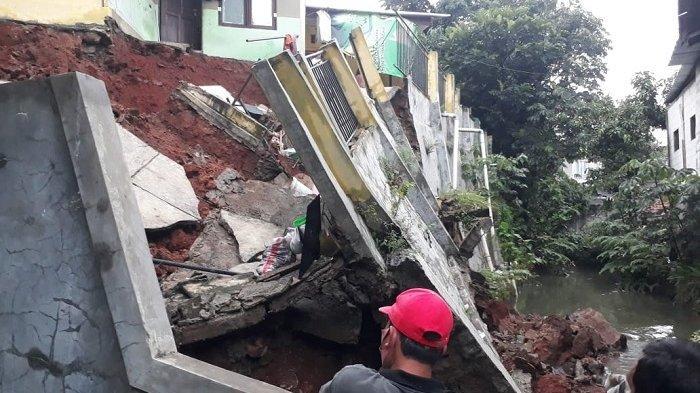 Musim Hujan Timbulkan Potensi Tanah Longsor, Pemerintah Kota Depok Imbau Warga Lebih Waspada