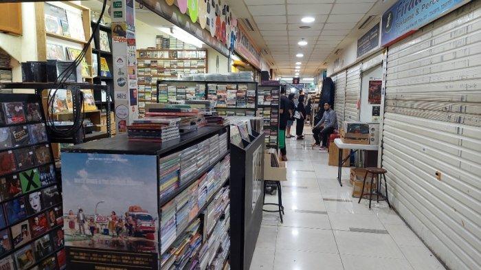 Lorong Pasar Musik Blok M Square, Jakarta Selatan, Rabu (6/10/2021)
