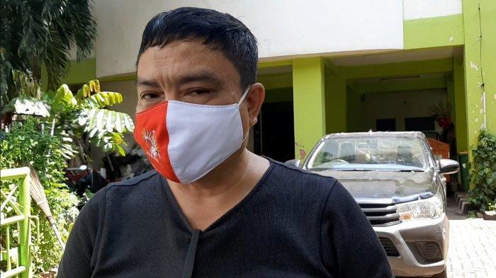 Mobil Pengangkut Sampah Anggota PPSU Kelurahan Pulo Tercebur ke Kali Krukut: Sampah Tumpah ke Sungai