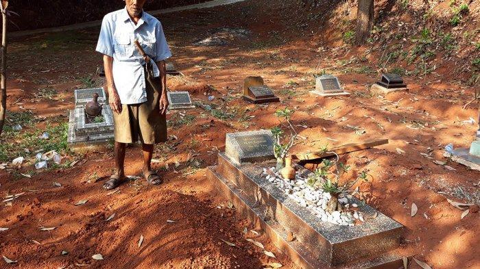 Kesaksian Penggali Kubur Bocah Dipasung Tewas Terbakar: Tanpa Nisan, Makamnya di Sisi Sang Ibu