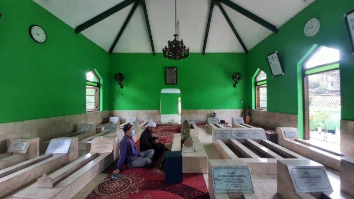 Peziarah di Makam Keramat Habib Muchsin Bin Muhammad Alatas Menurun Imbas Pandemi Covid-19