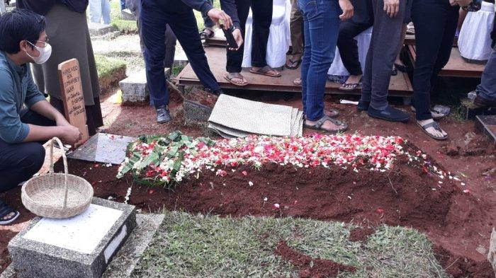 Makam pebulu tangkis Markis Kido di TPU Kebon Nanas, Kecamatan Jatinegara, Jakarta Timur, Selasa (15/6/2021).