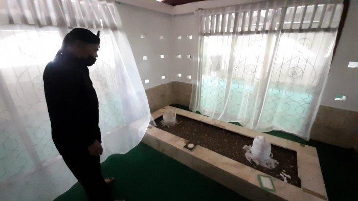 Makam TB Atif dan Ratu Ayu di Keramat Tajug, Serpong, Tangsel, Minggu (9/5/2021).