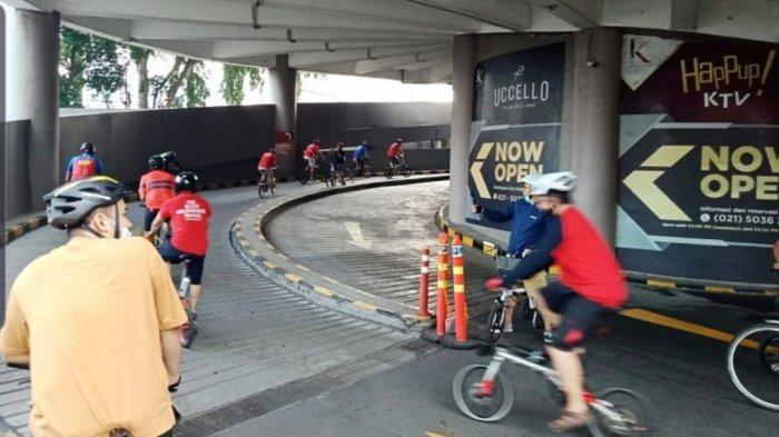 Mal Kuningan City Jakarta Selatan menyediakan fasilitas untuk pengguna sepeda
