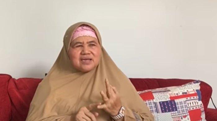 Mamah Dedeh Cerita Beli 400 Jam Tangan & Berangkatkan Staf Umrah: Saya Tahu Diri Berbagi Bersama