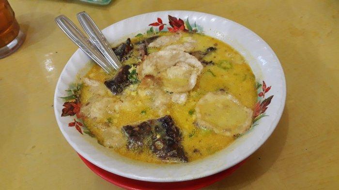 Cita Rasa Jawara Soto Betawi H Husen di Setiabudi: Menyesap Gurihnya Kuah Kuning
