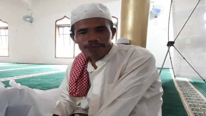 Dapatkan Santunan Apresiasi di Program Safari Kampung Ramadan, Marbut Ini Ungkapkan Rasa Bahagianya