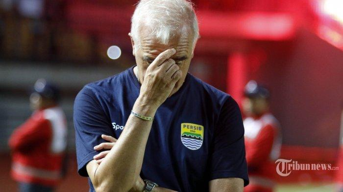 H-2 Borneo FC Vs Persib Bandung: Kejutan Maung Bandung Saat Bertemu Eks Pelatih Abah Gomez
