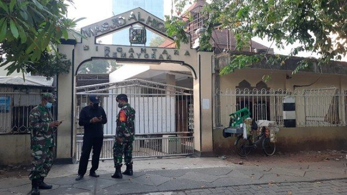 Masjid Al Hidayah Dirgantara Kemayoran Batal Gelar Salat Idul Adha, Aparat TNI Jaga di Depan Gerbang