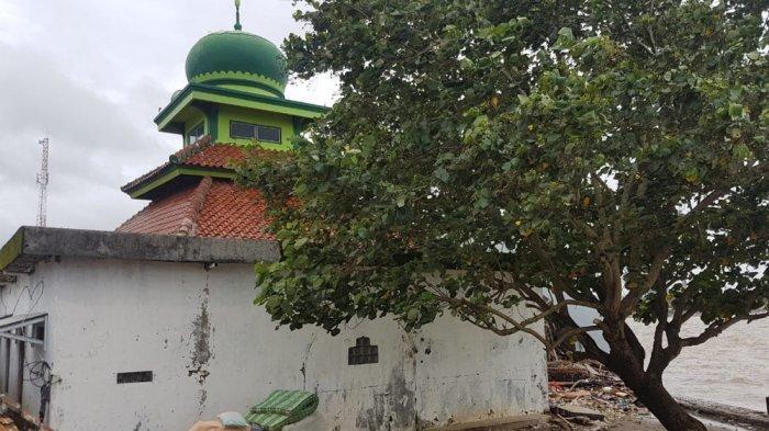 Diterjang Tsunami Masjid At Taqwa Tetap Kokoh Berdiri, Sempat Terendam Air 1,5 Meter