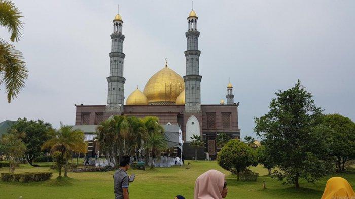 Prinsip Pendiri Masjid Kubah Emas: Bangun Masjid Harus Lebih Bagus Dibanding Rumah Sendiri