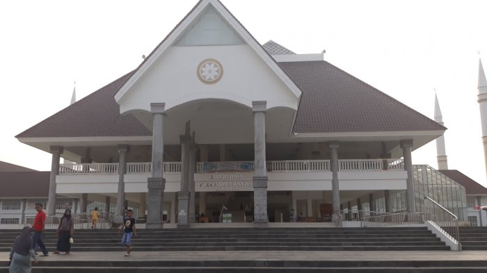 Tempat Isolasi di Masjid KH Hasyim Asy'ari Resmi Ditutup Usai Seluruh Pasien Covid Dinyatakan Sembuh