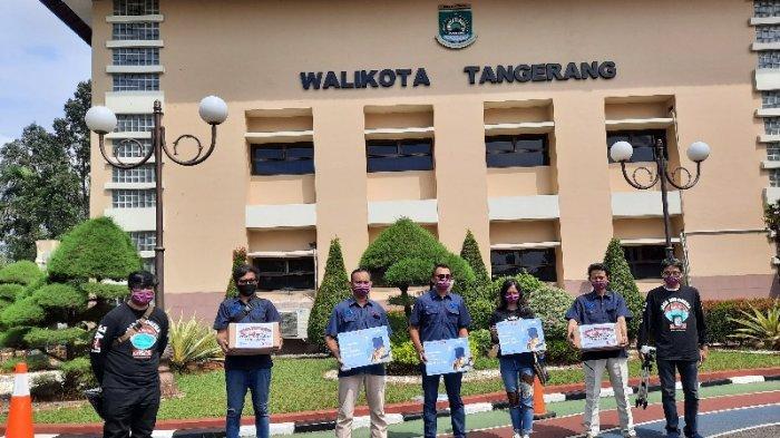 Tribunnews Bersama Cardinal, Donasikan 2.000 Masker untuk Pemerintah Kota Tangerang