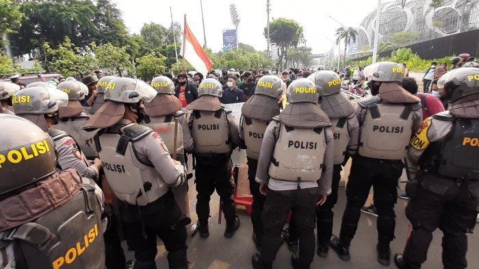 12.369 Personel TNI-Polri Amankan Demo Buruh-Mahasiswa Tolak UU Cipta Kerja
