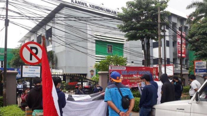 Kunjungan Komisi III DPR RI ke Kanwilkumham DKI Diwarnai Aksi Demo Pengelolaan Rutan dan Lapas