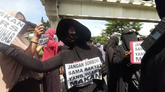 Rizieq Shihab Diam Saat Ditanya Eksepsi, Sidang Perkara RS UMMI Bogor Berlanjut ke Pemeriksaan Saksi