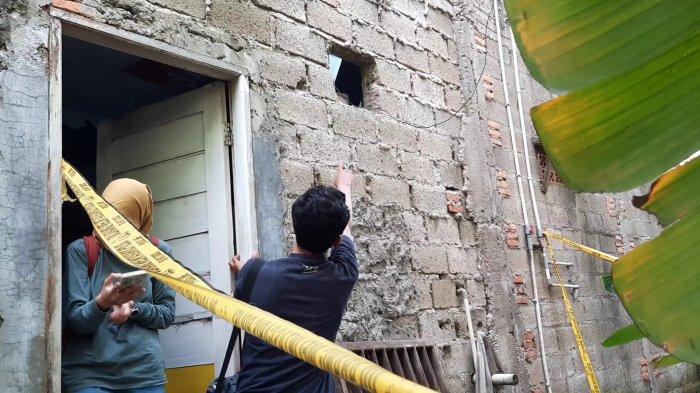 Lubang angin yang menjadi akses pelaku pencurian dan pemerkosaan di Bintara, Keluarga Bintara, Kota Bekasi. (TRIBUNJAKARTA.COM/YUSUF BACHTIAR)