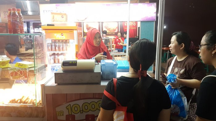 Sempat Ditutup Ketika Proses Pemadaman, Kios di Area Luar Pekan Raya Jakarta Kembali Berjualan
