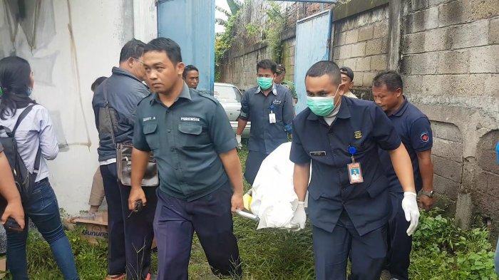 Mayat Pria Lansia di Depan RS Sentra Medika Cisalak: Pegawai Apotik Bingung dan Pengakuan Saksi Mata