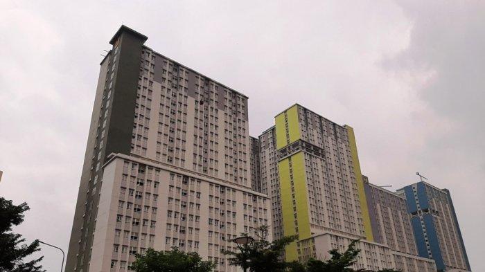 Gedung Wisma Atlet Kemayoran yang dijadikan Rumah Sakit Darurat Covid-19, Jumat (27/3/2020).