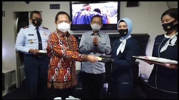 Menkopolhulam dan Mendagri Rayakan HUT Ke-75 TNI AU di Ketinggian 17 Ribu Kaki