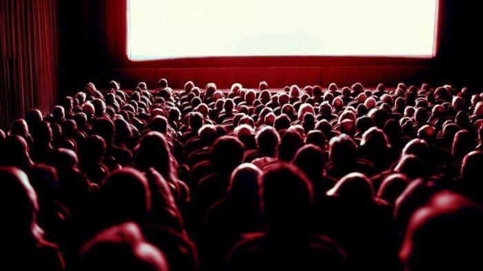 Tetiba Kaki Berdarah saat Menonton Film di Bioskop, Ibu Ini Langsung Dibawa Suami ke Rumah Sakit