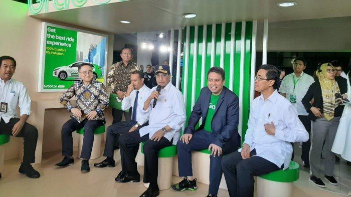 Menteri Budi Pesan 100 Mobil Listrik untuk Eselon 1 dan 2 Kementerian Perhubungan