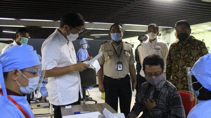 Menteri Kesehatan Minta Angkasa Pura II Buka Suntik Vaksin Covid-19 Untuk Lansia