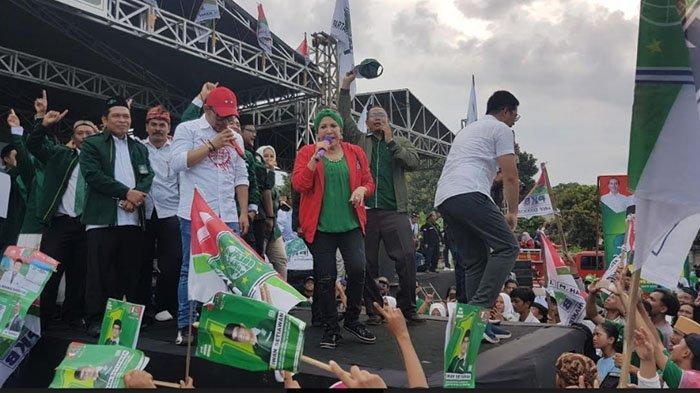 Aksi Hanif Dhakiri, Tommy Kurniawan, Hingga Mpok Atiek Bergoyang di Kampanye PKB