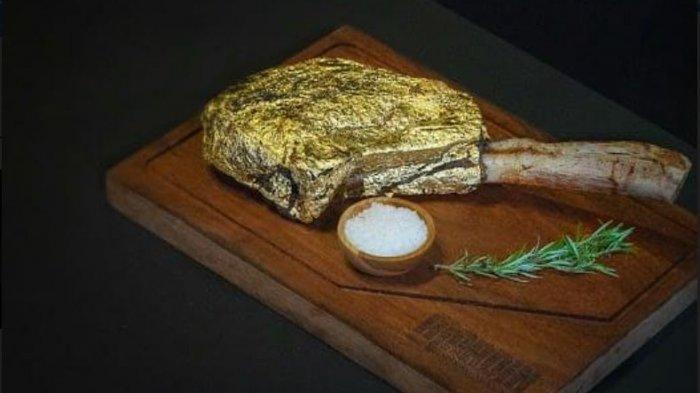 Penampakan Daging Steak yang Dilapisi Emas 24 Karat Seharga Rp 25 Juta di Mardin Baklava Kemang