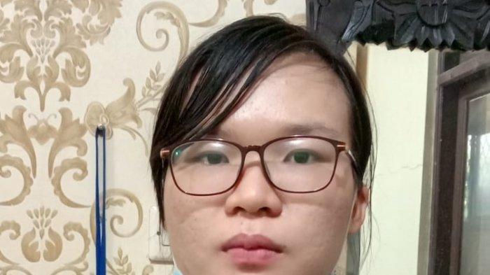 Mery Anastasi alias MA yang ditetapkan sebagai tersangka tragedi kebakaran maut yang terjadi di bengkel sepeda motor, kawasan Jatiuwung, Kota Tangerang, Selasa (10/8/2021).