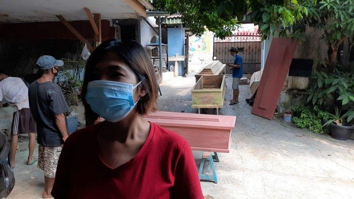 Pesanan Peti Jenazah Covid-19 di Jakarta Timur Menurun dalam Dua Pekan Terakhir