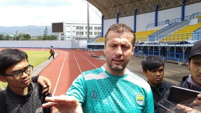 Hancurkan Persiwa Wamena, Miljan Radovic Harap Persib Bandung Main Lebih Bagus Lawan Arema