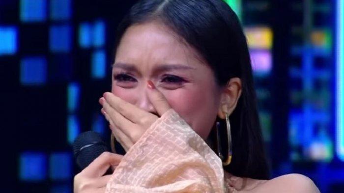Spektakuler Show Top 6 Indonesian Idol X: Mirabeth Dikritik Tajam dan Tersingkir, Lyodra Berbahaya