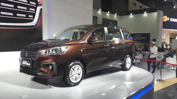Mobil Suzuki Ertiga terbaru yang diluncurkan pada acara IIMS di JIExpo Kemayoran, Jakarta Pusat, Kamis (18/4/2018).