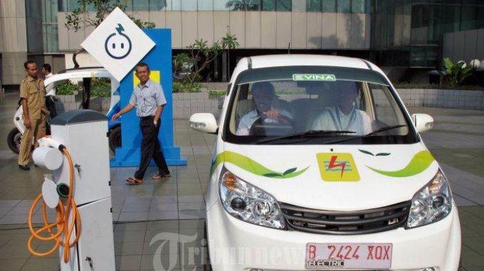 Kemenhub Usul Pemda Gratiskan Biaya Parkir untuk Pengguna Mobil Listrik