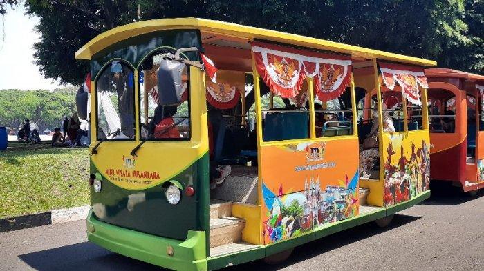 Mencoba Mobil Wisata Nusantara Keliling Taman Mini Indonesia Indah