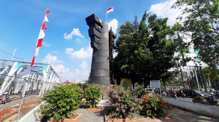 Melihat Lebih Dekat Tugu dan Monumen Bersejarah di Bekasi, Kali Bekasi, Tugu Patal dan Alun-alun