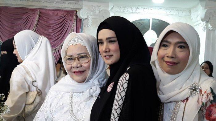 Dikritik Karena Dinilai Bawa Unsur Agama Saat Kampanye, Istri Ahmad Dhani: Terus Bawa Apa?