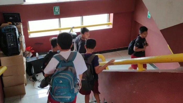 Murid Korban Banjir Belum Dapat Seragam, Sudin Pendidikan Jakarta Timur Harap CSR