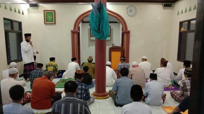 Beberapa Masjid di Tangerang Masih Melaksanakan Salat Iduladha Berjamaah