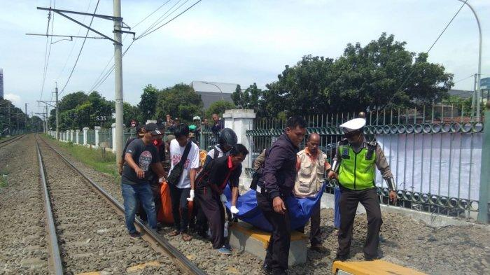 2 Karyawan PT KAI Tewas Tersambar Kereta di Stasiun Cisauk Tangerang, Korban Terpental 2 Meter