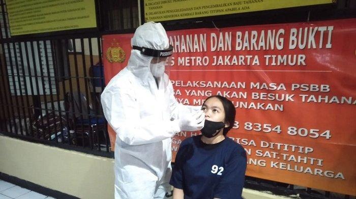 Cegah Klaster Covid-19, Seluruh Napi di Rutan Mapolrestro Jakarta Timur Jalani Swab Test
