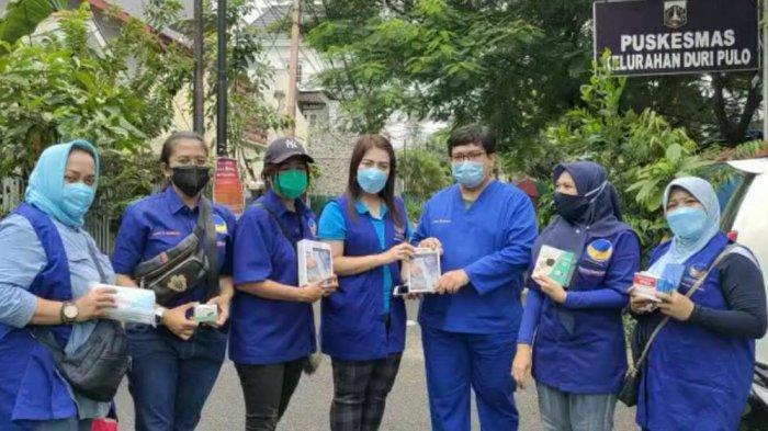 Gelar Bakti Sosial, Partai NasDem Kirim Bantuan untuk Warga Terdampak Pandemi Covid-19