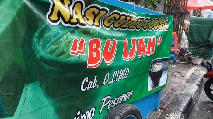 Nasi Gudeg Bu Ijah, kuliner legendaris yang sudah berdiri sejak tahun 1965 atau sekitar 56 tahun lamanya.