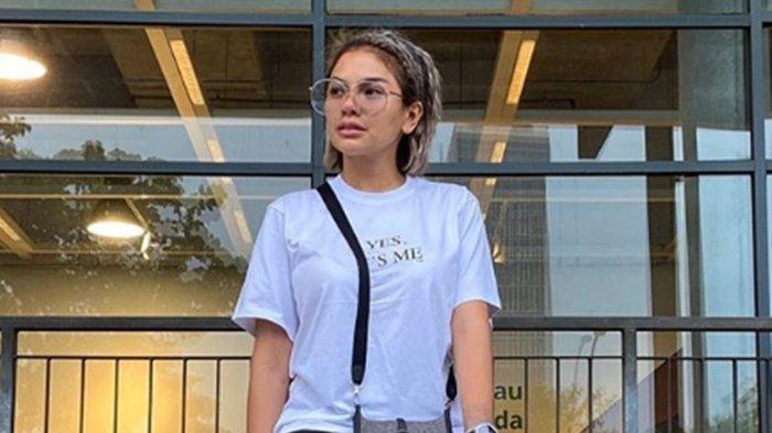 Sempat Dukung Massa Aksi Tolak UU Cipta Kerja, Nikita Mirzani Kini Kecewa: Perih Mata Gue Nontonnya