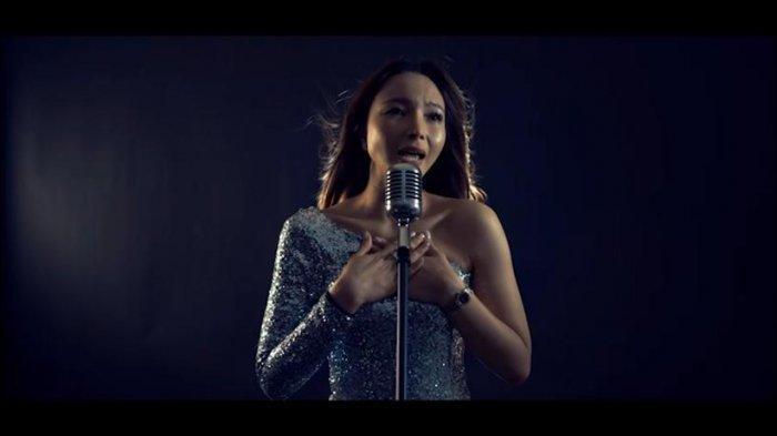 Ulang Sukses Lagu Jangan Salah Menilai, Ninna Rinny Darmawan Bawakan Jawabannya