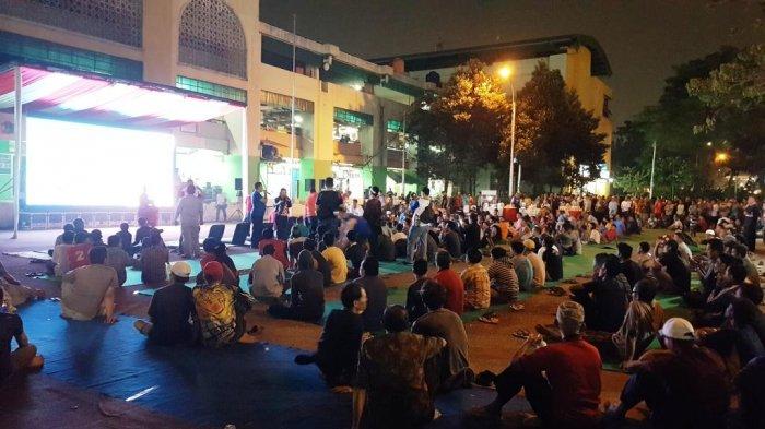 Bakal Dihadiri Sandiaga Uno, Dua Layar Besar di Pasar Induk Disiapkan untuk Nonton Bareng
