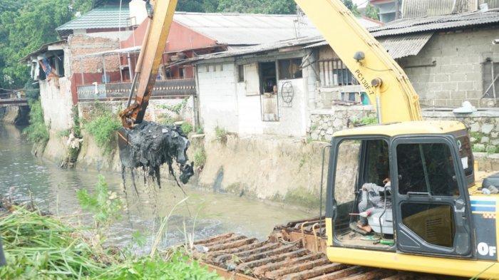 Pemerintah Kota Tangerang Selesaikan 20 Titik Turap Wilayah Rawan Banjir